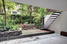 Landscape Inspiration: A Dozen Lush & Lovely Townhouse Backyards | Apartment Therapy