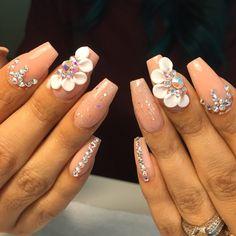 3-d nail art all acrylic and crystals