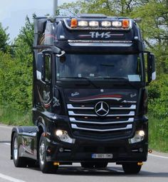 Mercedes Benz Commercial, Mercedes Benz Trucks, Mercedez Benz, Mp5, Heavy Truck, Big Trucks, Trailers, Motorbikes, Fotografia