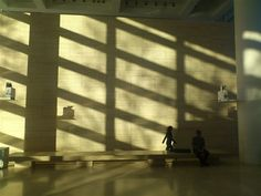 Richard Meier architect - Ara Pacis Museum - Roma - photo Fabrice Lefebvre du Prey - Michel Boudeau architect who worked in Richard Meier Agency on Competition for the Lingotto restructuring gives us the scale