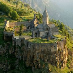 "Armenia-Heaven on Earth, <a href=""http://www.thetravelboss.com/place_detail.php?id=488"">travel directory Armenia-Heaven on Earth</a>, Armenia-Heaven on Earth tour company list, Travel Firms"
