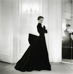 1951 Jacques Griffe gown.