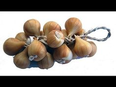 How To Make An Onion String In Polymer Clay - Angie Scarr Fruit & Vegeta...