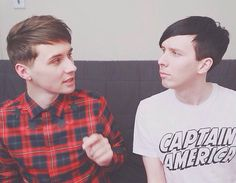 I am physically hurting i find DAN Howell so attractive