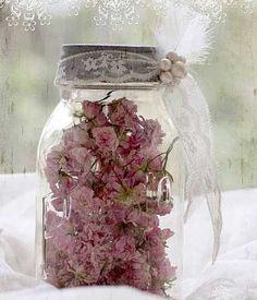 frasco decorado con encaje