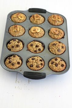 How to Make Low Sugar, High Protein Granola Bars High Protein Muffins, Healthy Breakfast Muffins, High Protein Breakfast, Breakfast For Kids, High Protein Snacks On The Go, High Protein Drinks, High Protein Bars, Banana Breakfast, Breakfast Dishes