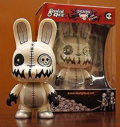 Glizoryn Death Bunny Glow-in-the-Dark 5-inch Vinyl Toy