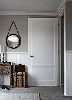 Make a statement in your home with 'shaker' style Moda door range from Corinthian. Hamptons Style Bedrooms, Hamptons House, Internal Doors Modern, Classic Doors, Shaker Doors, Inside Doors, House Doors, Bedroom Doors, Shaker Style