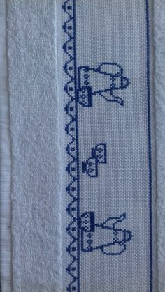 Cross Stitch Designs, Cross Stitch Patterns, Cross Stitch Samplers, Diy And Crafts, Kids Rugs, Blackwork Cross Stitch, Cross Stitch Rose, Cross Stitch Embroidery, Cross Stitch Kits