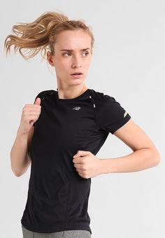 891bbf642ae 01CB73A2-5426-405A-8DD0-BD8981A29B2F. T-shirts print - black. Mia  Spanggaard · Sport · bestil Nike Performance MILER - Funktionstrøjer ...