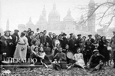 Celebración de la Cincomarzada a orillas del río Ebro en la década de los años 30