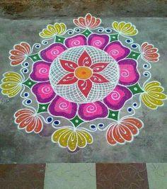 Simple Rangoli Designs Images, Rangoli Designs Latest, Rangoli Designs Flower, Small Rangoli Design, Rangoli Kolam Designs, Rangoli Ideas, Rangoli Designs With Dots, Kolam Rangoli, Flower Rangoli