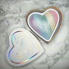 Makeup Revolutio Unicorn heart highlighter