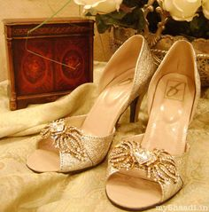 Gorgeous Bridal Shoe Collection for your Trousseau! Myshaadi.in