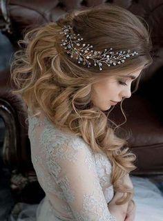 Crystal & Pearl Bridal Hair Vine Wedding Headpiece - All For New Hairstyles Wedding Hairstyles For Women, Rustic Wedding Hairstyles, Bride Hairstyles, Hairstyle Ideas, Updos Hairstyle, Trendy Hairstyles, Wedding Hairdos, Wedding Headpieces, Hairstyles 2018