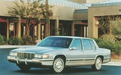 1992 Cadillac DeVille 4 Dr Touring Sedan