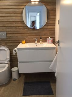 Bathroom Lighting, Spain, Vanity, Mirror, House, Furniture, Home Decor, Bathroom Light Fittings, Dressing Tables