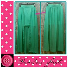 🚨Skirt🚨 Pretty pastel green color skirt. No stains, no snags, no damage. Charlotte Russe Skirts High Low