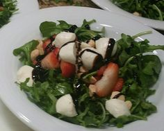 Rocket greens, fresh mozzerella, strawberries, almonds, garlic infused olive oil and a drizzle of balsamic reduction