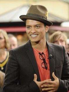 Bruno Mars -- When I first saw Mars perform, I thought, how can he be that good? But he is that good. Crazy good! #Bruno #Mars #music