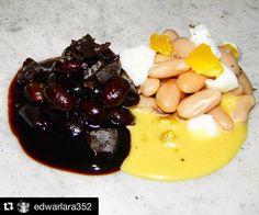 @edwarlara352  De la serié omakase: (creación del chef) kuromame-shiromame( caraotas blancas-negras)/ caraotas negras/ soya de yare/ tuétano temblador/ caraotas blancas/ huevo criollo/ especias/ sal de Araya/ holandesa de huevo y manteca de cacao en esta composición quise representar una de las memorias de mi niñes con algunas variantes ya que soy fanático de las leguminosas y granos crecí con ellas y a lo largo de mi carrera las he aprendido a conocer respetar honrar y hasta añorar su…