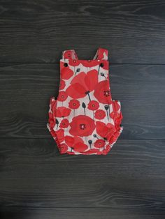 Baby cross back romper / Poppy romper / Vintage baby romper / Organic baby clothes / Baby Anzac outfit / Poppy romper / Aussie baby gift Knitted Poppies, Baby Easter Outfit, Sweet Little Things, First Birthday Outfits, Summer Romper, Organic Baby Clothes, Coming Home Outfit, Baby Boy Outfits, Poppy