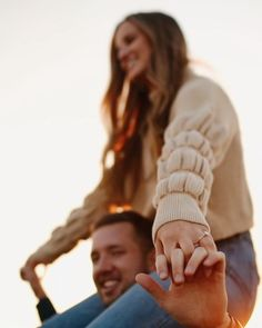 Cute Couples Kissing, Cute Couples Goals, Couples In Love, Photoshoot Video, Pre Wedding Photoshoot, Pre Wedding Videos, Cute Love Lines, Aesthetic Photography Grunge, Animated Love Images