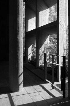 Palais des Filateurs, Ahmedabad, India, Le Corbusier