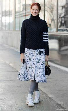 Taylor Tomasi Hill, floral skirt, leggings, sneakers, chunky knit sweater, Saint Laurent bag / Garance Doré
