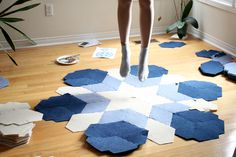 Sustainable Carpets DIY CaraWonga featured on Selftimes Blog Happy Lights, Light Rays, Diy Carpet, Textile Patterns, Carpets, Sustainability, 3 D, Architecture Design, Flooring