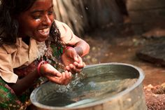 10 Clean Water Solutions For Developing Countries Atmospheric Water Generator, Solar Still, Sustainable Management, Making Water, Access To Clean Water, Water And Sanitation, World Water Day, Water Solutions, Network For Good
