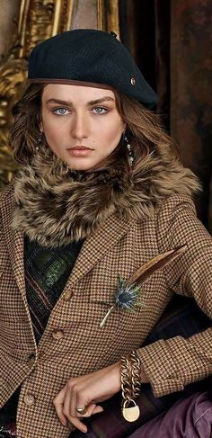 Country Fashion, Love Fashion, Womens Fashion, Fashion Design, Petite Fashion, Curvy Fashion, Ralph Lauren Style, Ralph Lauren Jackets, Ralph Lauren Blazer