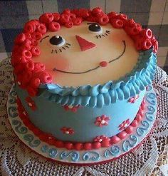 I love his cake! my daughters nursery was raggedy ann and andy!