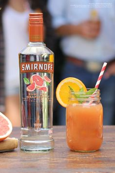The Tex on the Beach is the easy and delicious punch twist on the classic Sex on the Beach cocktail, perfect for hot summer days or your weekend BBQ.  Recipe: 1.5 cups Smirnoff Ruby Red Grapefruit, 2 cups Orange Juice, 1 cup Cranberry Juice, Orange Slices, Serves 6-8.: