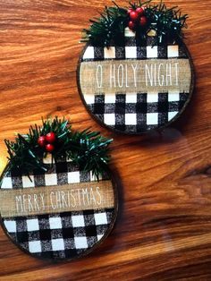 21 DIY Embroidery Hoop Christmas Ornaments 8 – My Pin Diy Christmas Decorations, Diy Christmas Ornaments, Homemade Christmas, Diy Christmas Gifts, Winter Christmas, Holiday Crafts, Buffalo Plaid Christmas Ornaments, Ornaments Ideas, Christmas Tree
