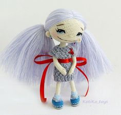 Cute amigurumi doll. (Inspiration).