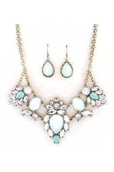 Anne Marie Necklace Set in Aspen Blue