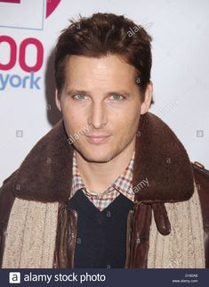 Download this stock image: Dec. 7, 2012 - New York, New York, U.S. - Actor PETER FACINELLI attends the 2012 Z100's Jingle Ball held at Madison Square Garden. (Credit Image: © Nancy Kaszerman/ZUMAPRESS.com) - D160A8 from Alamy's library of millions of high resolution stock photos, illustrations and vectors.
