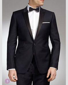Insisto que todos los chicos en la boda vistan un esmoquin negro y blanco.
