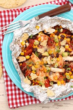 Easy Taco Chicken Foil Packets are healthy, satisfying and the cleanup is a snap! — The Fountain Avenue Kitchen Chicken Taco Recipes, Taco Chicken, Mexican Food Recipes, Dinner Recipes, Ethnic Recipes, Dinner Ideas, Mexican Chicken, Mexican Dishes, Baked Chicken