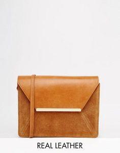 30fcfd7d1c5 ASOS - Sac bandoulière vintage en cuir avec barre en métal Läder