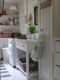 by Pia´s kesämökki Cottage Kitchens, Tuscan Kitchens, Shabby Chic Decor, Beach House, Sweet Home, Indoor, Dining, House Styles, White Interiors