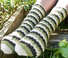 Geek socks from Knitty..... free pattern - made with self-striping yarn.....
