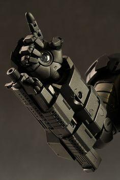 Iron Man 2 War Machine action figure by Hot Toys Superhero Suits, Superhero Design, Iron Man Suit, Iron Man Armor, Iron Heart Marvel, War Machine Iron Man, Iron Man Hand, Iron Man Cartoon, Iron Man Cosplay