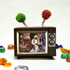 Printed Pre-Cut DIY Vintage TV Goodies Box and Photo Frame ~ علب مطبوعة لتلفزيون ممكن استخدامها كحامل للأقلام أو الحلويات و كإطار للصور