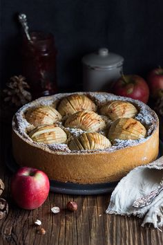 """Zürcher Pfarrhaustorte"" Apfel-Haselnuss Torte (moist apple hazelnut cake)"