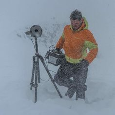 C4 tech ninja @rudy.le making the @radiantimages @nokia #OZO virtual reality camera operate in an Alaskan snow storm. When it's that cold (-20°F) we learned you need a portable AC power source like the @goalzero Yeti 400 pictured here to keep everything alive. It was also good to know in that cold and wind nothing sticks to the glass to interfere with the stitching in post. Might be the only 'open to the elements' precipitation type shot that is possible with VR. We tried as hard as we could…
