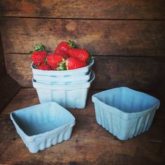 PORCELAIN BERRY BASKETS