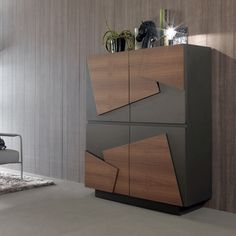 Minimal, sharp and eye-catching, the Smart sideboard will give you all the storage you need !