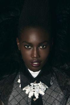 Ed. A Distinctive Style  para Fashion Gone Rogue  Fotografía: Lara Giliberto  Modelo: Lily